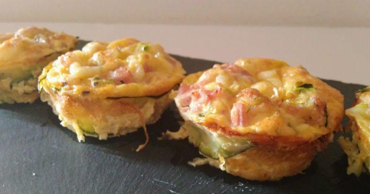 mini quiche con zucchine, prosciutto cotto e formaggio