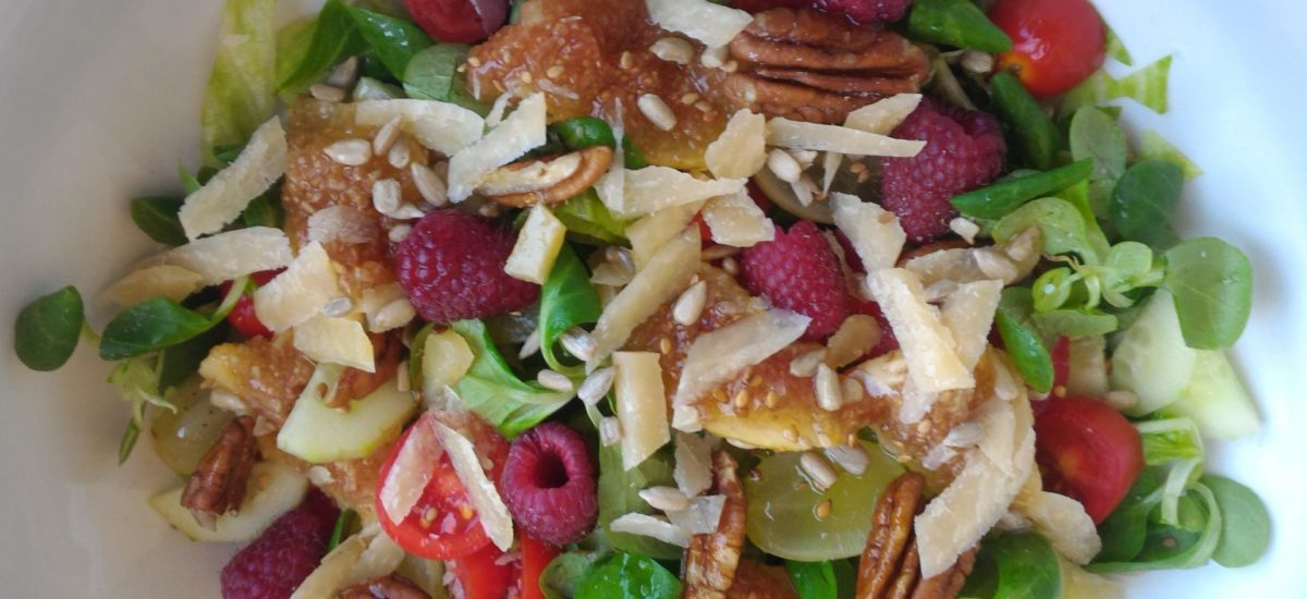 insalata con la frutta