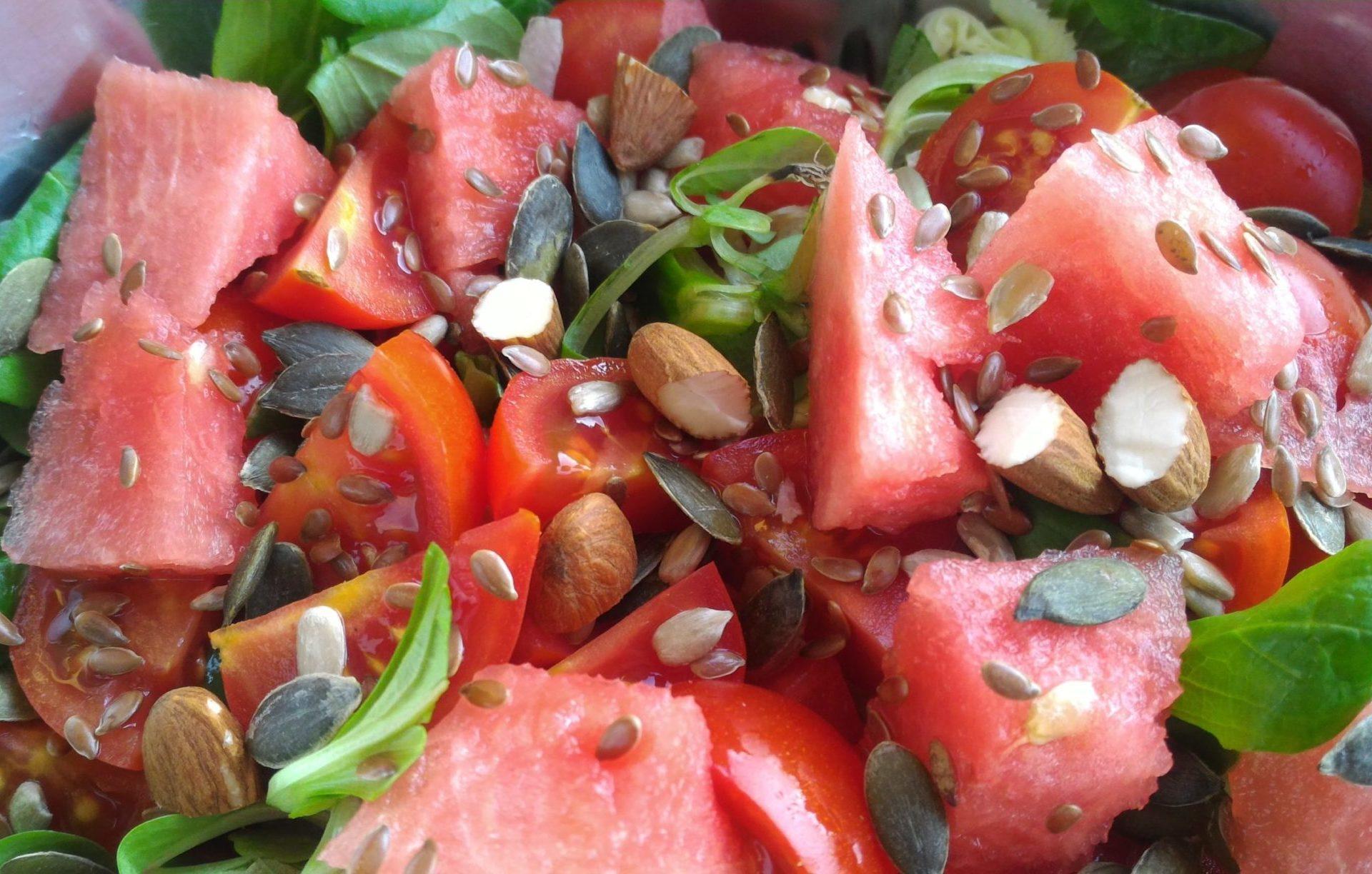 insalata di anguria e pomodorini