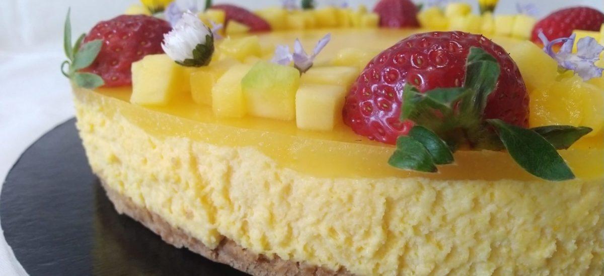 torta bavarese al cioccolato bianco con gelèe al mango